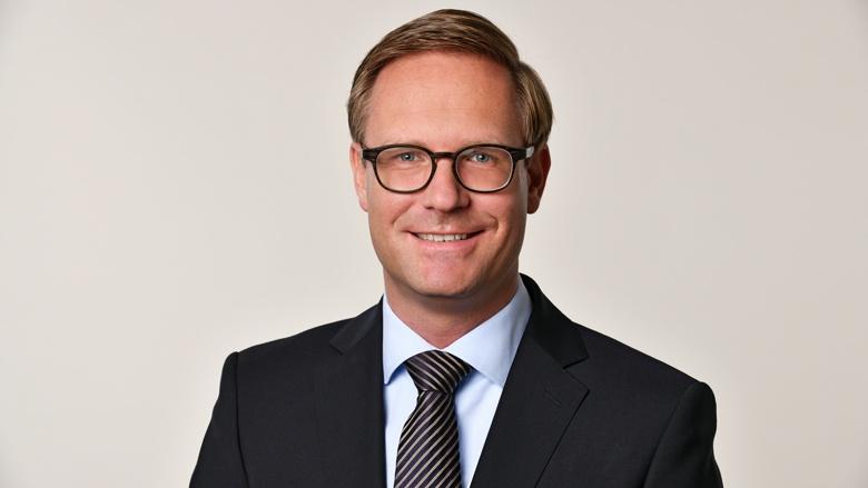 Dr. Michael Metten