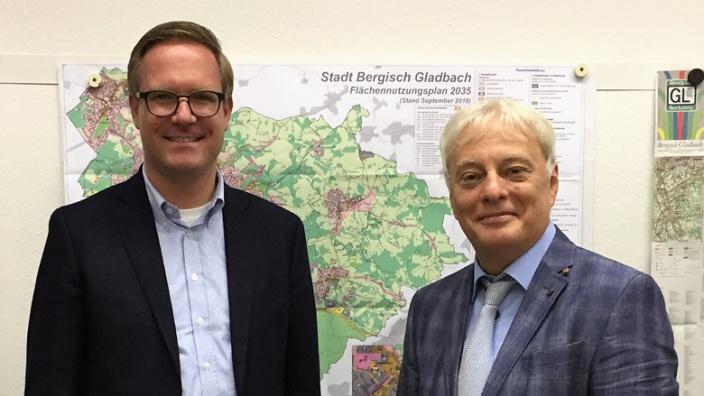 Dr. Michael Metten und Klaus Waldschmidt (SPD)