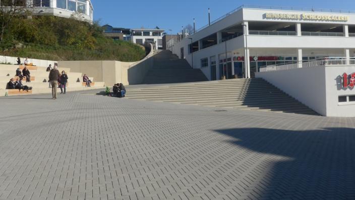 Der neue Platz vor der Schlossgalerie